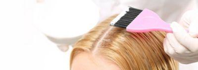 Haaransatz mit Pinsel