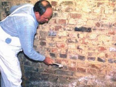 Remont przy użyciu tynków renowacyjnych