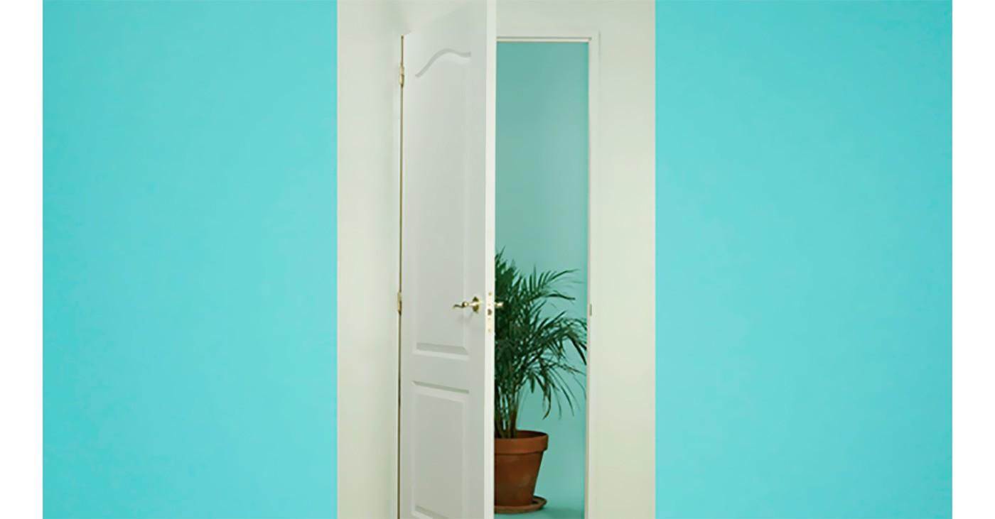 Come Sistemare Una Porta In Legno riparare un buco in una porta