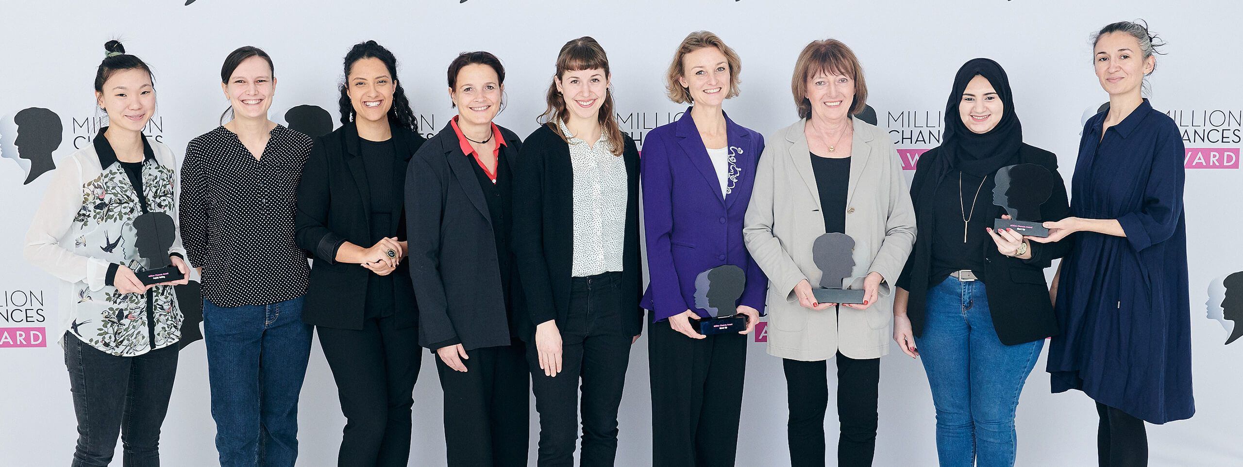 Die strahlenden Gewinnerinnen des 2. Million Chances Awards von Schwarzkopf