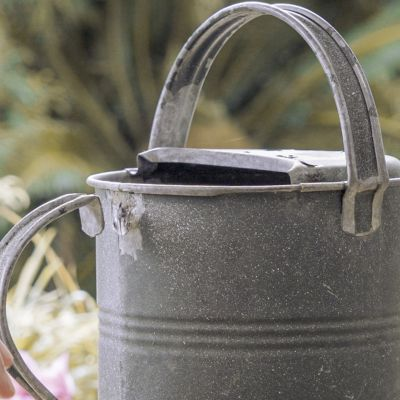 Rust neutralizer renews rusted metal