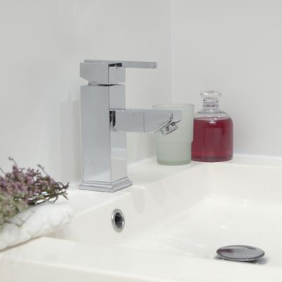 Premium Polyseamseal for professional results in the kitchen and bath