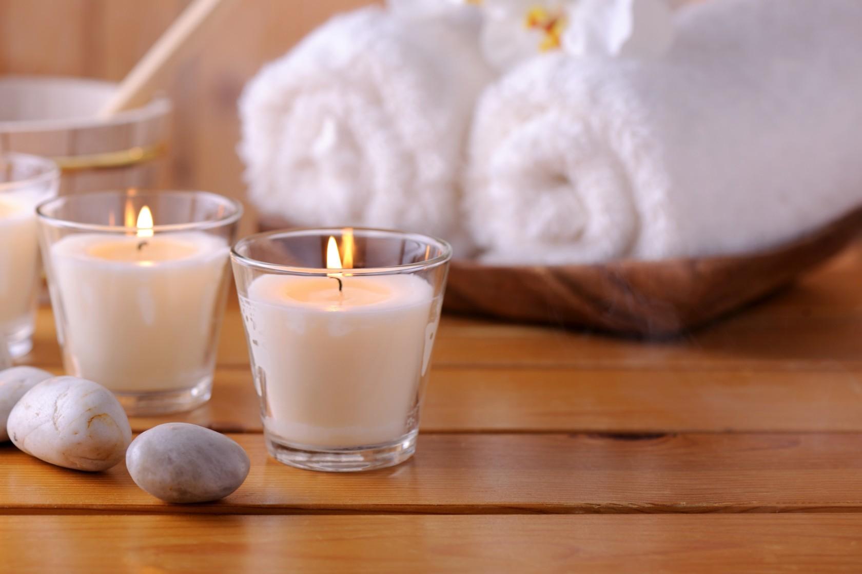 Teelichter selbst basteln, zwei Kerzen in einem Spa