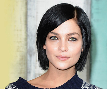 Woman rocks short black hairstyle