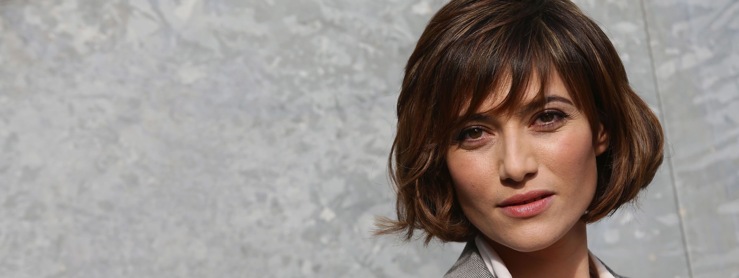 Woman with a wavy bob hairstyle