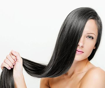 woman with long thin hair