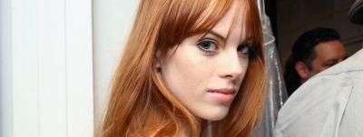 woman-with-red-hairstyle-and-fringe-wcms-us